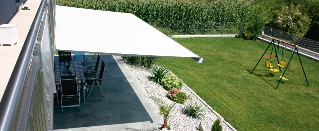 Cougar patio awning